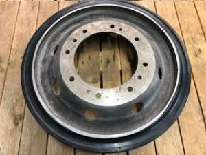 Tank Wheels: Bulldog Wheel, Part Number: FV413598